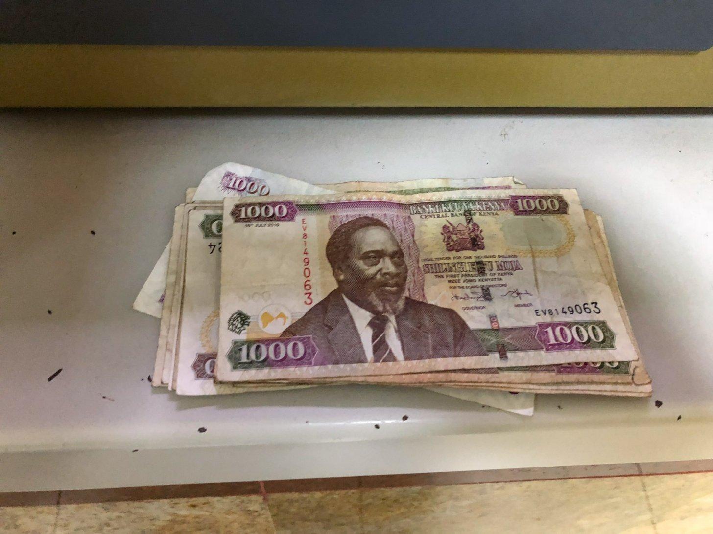 Keniaanse schillingen uit de geldautomaat
