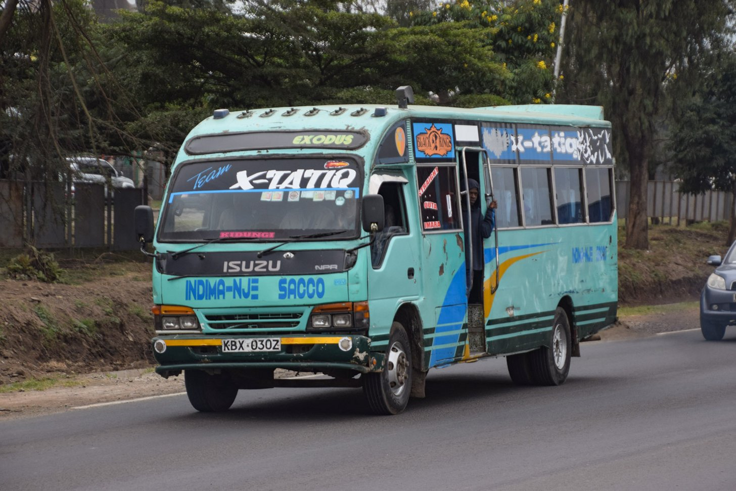 De lokale bus in Kenia